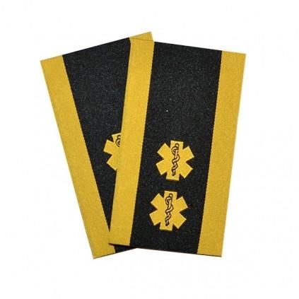 Ambulanse - 2 stjerner og slitekant - Skift-/stasjonsleder - Distinksjoner
