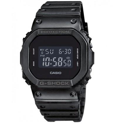 CASIO G-Shock DW-5600 - Klokke - Svart